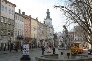 Lwów, rynek, fot: panoramio.com
